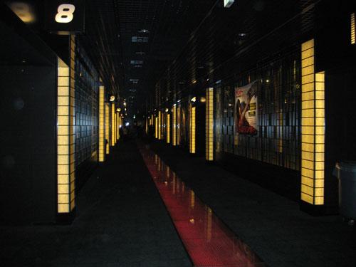 TOHOシネマズ二条 館内壁面 2005年